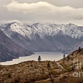 Lake Chelan by Andrea Goodrich
