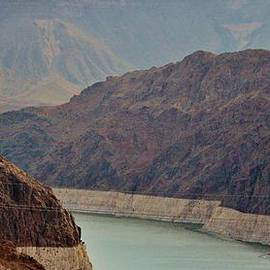 Cynthia Guinn - Lake Mead At Hoover Dam