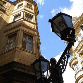 Lisa Kilby - Lamp Post Alley