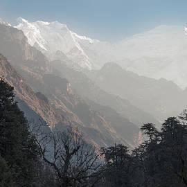 Ihor Bodnar - Langtang Lirung view from Langtang valley