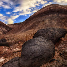 Gary Warnimont - Lava Boulders Caineville Wash