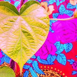 Julia Ivanovna Willhite - Leaf Heart