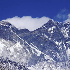 Robert Preston - Lhotse and Nuptse mountains with the plume blowing from the summit of Everest behind them in Nepal
