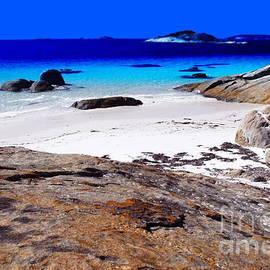 Tim Richards - Lonesome Cove