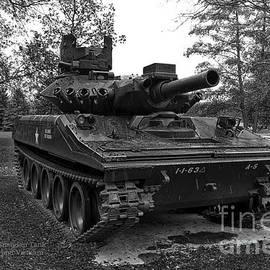 Thomas Woolworth - M551A1 Sheridan Tank