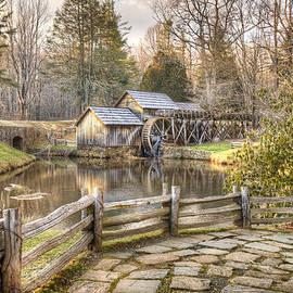 Gregory Ballos - Mabry Mill - Blue Ridge Parkway - Dan Virginia