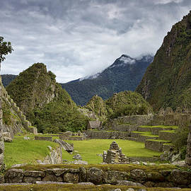 Kim Andelkovic - Machu Picchu through the roof