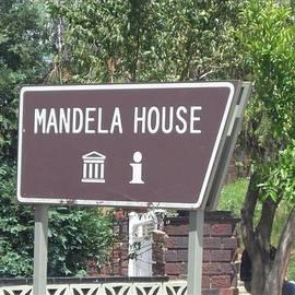 Barbie Corbett-Newmin - Make Your Heart Mandela House