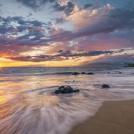 Hawaii  Fine Art Photography - Makena Kai