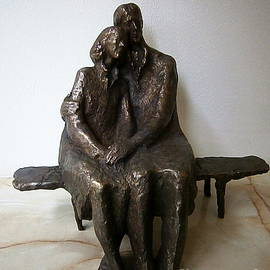 Nikola Litchkov - Man and woman sitting on a bench