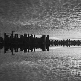 Michael Ver Sprill - Manhattan Sunrise Version 2 bw