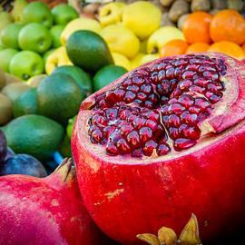 Market fresh by Alexey Stiop