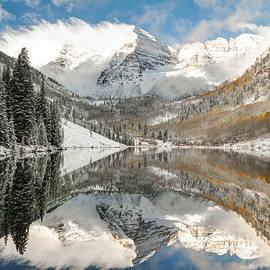 Gregory Ballos - Maroon Bells Covered In Snow - Aspen Colorado