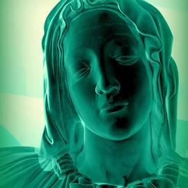 Ed Weidman - Mary-the Pieta