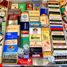 Thomas Woolworth - MatchBoxes 01