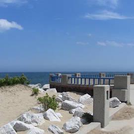 Anita Burgermeister - McKinley Beach Pier 1