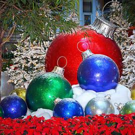 Tanya Tanski - Merry Merry Christmas........
