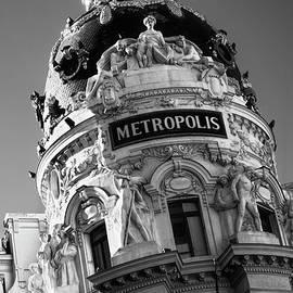Metropolis Madrid Bw by Joan Carroll