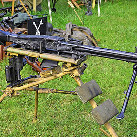Paul Mashburn - MG-42 Machine Gun
