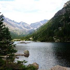 Mills Lake by Walt Sterneman