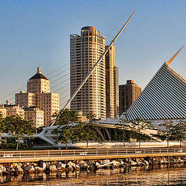 Janet Maloy - Milwaukee in the morning