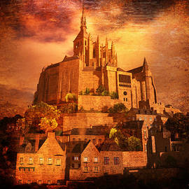 Kylie Sabra - Mont Saint-Michel