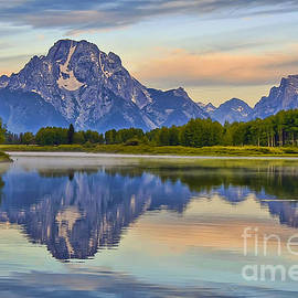 Teresa Zieba - Mount Moran at Sunrise