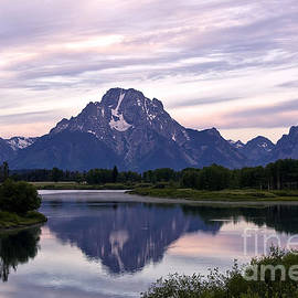 Teresa Zieba - Mount Moran Reflection