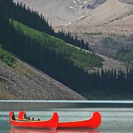 Mountain Canoes by Marcia Socolik