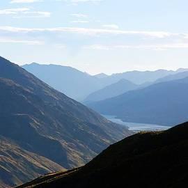 Stuart Litoff - Mountains Meet Lake #3