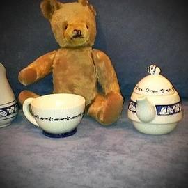 Jennifer Fliegel - Mr. Edward Bear Takes Afternoon Tea