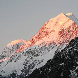 Mt. Aoraki at Sunset by Laurel Talabere