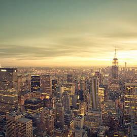 Vivienne Gucwa - New York City - Skyline at Sunset