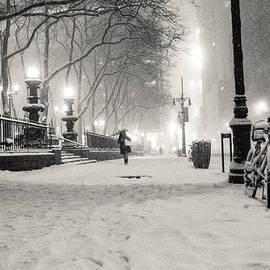 Vivienne Gucwa - New York City Winter Night