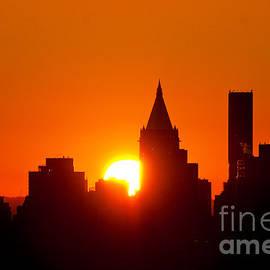 Regina Geoghan - New York City Sunrise Graphic