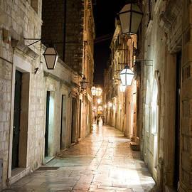 Night street by Alexey Stiop
