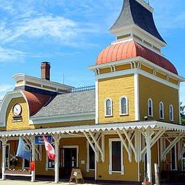 Caroline Stella - North Conway Rail Station