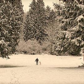 Jennie Marie Schell - Nostalgic Winter Walk in the Snow