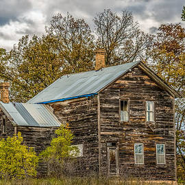 Old Abandoned House by Paul Freidlund