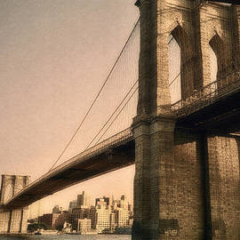 Joann Vitali - Old Brooklyn Bridge