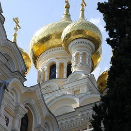 Christiane Schulze Art And Photography - Onion Domes And Cruifixes - Church Yalta