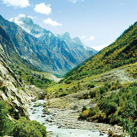 Panarama of valley and river Ganga