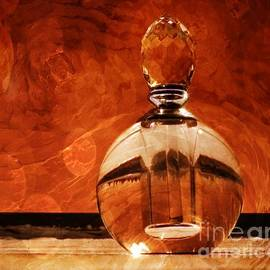 Parfum by Lilliana Mendez