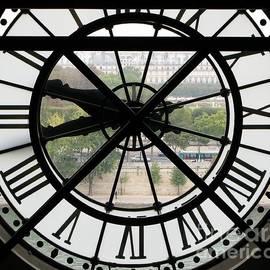Paris Time by Ann Horn