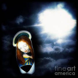 Genevieve Esson - Peaceful Glowing Madonna