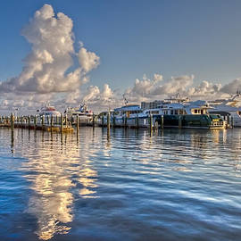 Debra and Dave Vanderlaan - Peaceful Harbor
