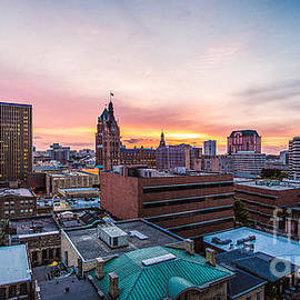 Andrew Slater - Peaceful Milwaukee Sunset