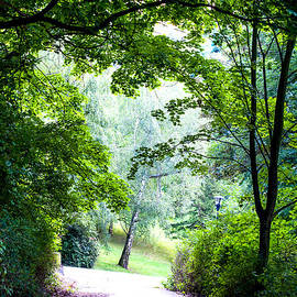 Jenny Rainbow - Petrin Hill Park. Prague
