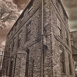 Joann Vitali - Pierce-Hichborn House