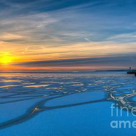 Andrew Slater - Pierhead Polar Vortex Sunrise